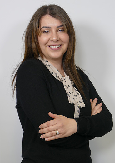 219a0734b Jasmine hails from Italy and has over 5 years experience as a dental nurse,  joining us at The Dental Suite in January 2019. The fields of dentistry  which ...
